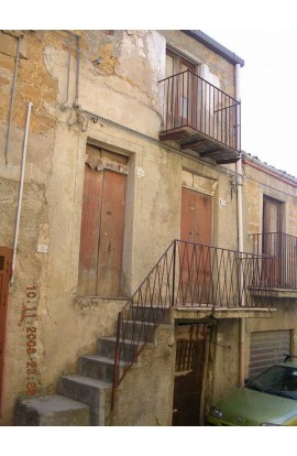 CASA IN VIA SIRACUSA - PROPERTY IN SICILY