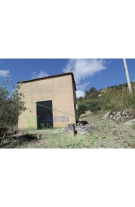 HOUSE AND LAND GIUSEPPE CONTRADA QUARTO DI ROCCHI - PROPERTY IN SICILY