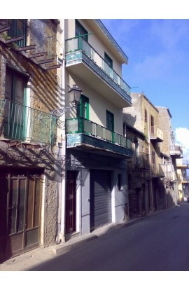 CASA LOSI CORSO CINQUEMANI - PROPERTY IN SICILY