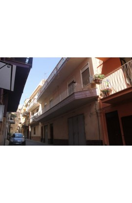 CASA CASTELLANO PERCONTI – VIA PALERMO - PROPERTY IN SICILY