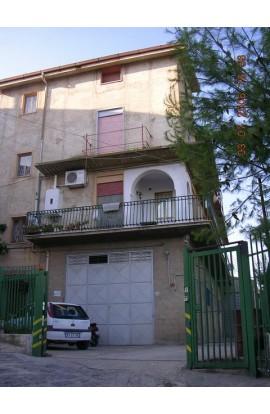CASA ARCURI CSO VITTORIO VENETO - PROPERTY IN SICILY