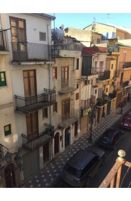 CASA BRANCATO – VIA MONTUORO E CORSO VITTORIO EMANUELE