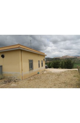 HOUSE AND LAND CARUSO – ZONA CAMPO SPORTIVO