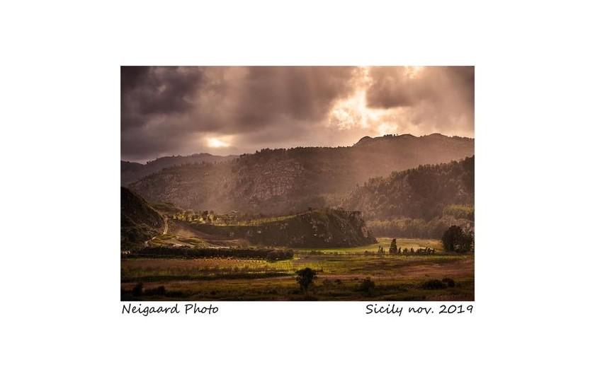 NEW WEBSITE OF AWARD WINNING DANISH PHOTOGRAPHER - JOHNNY NEIGAARD